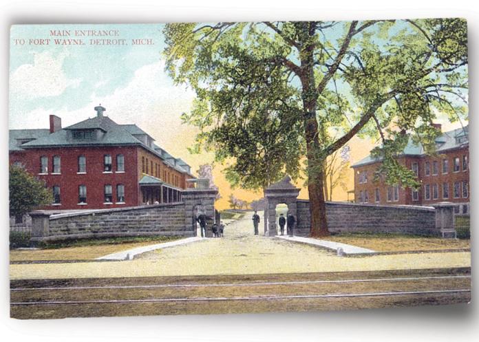 Fort Wayne postcard entrance