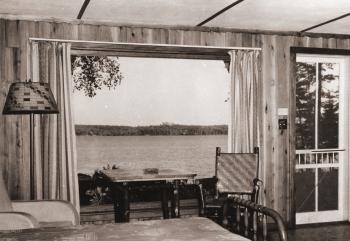 Vintage Cottage postcard 3