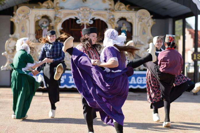Dutch Dancers at Dutch Village