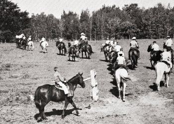 Camp Charlevoix horse riding