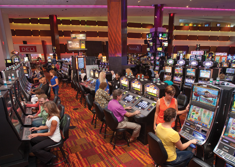 Turtle Creek Casino & Hotel - Game floor