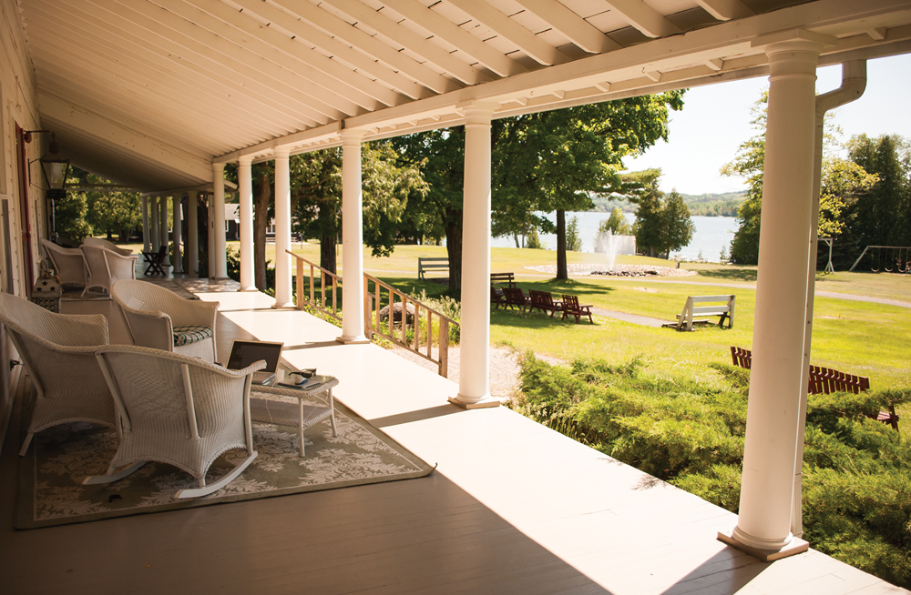 Fountain Point Resort porch