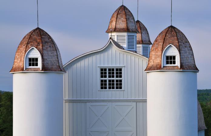 white barn copper roof thinkstock